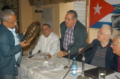 DEFINEN POSICIONES MARTIANOS CUBANOS AL LADO DE LA REVOLUCION
