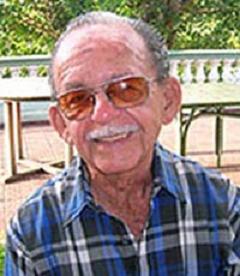Homenaje a Roberto Pavón Tamayo
